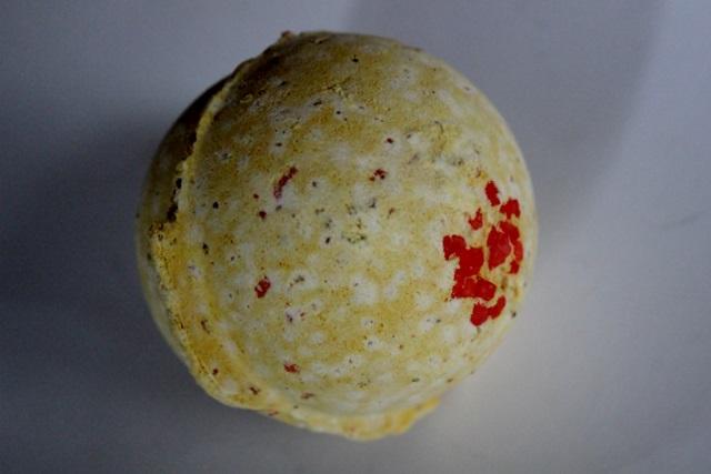 Bombe de bain Cinders de Lush