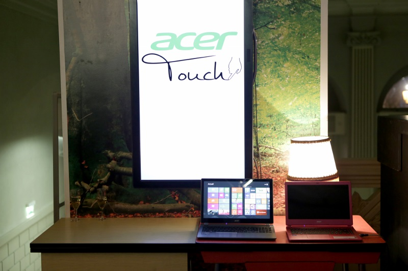 Acer touch