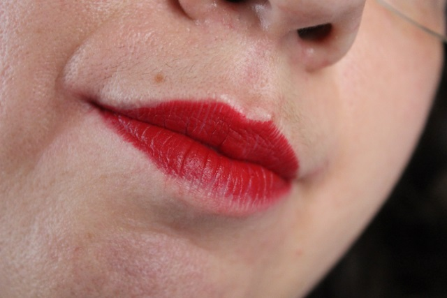 Russian Red by MAC Cosmetics (3)