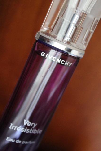 very irresistible givenchy (4)