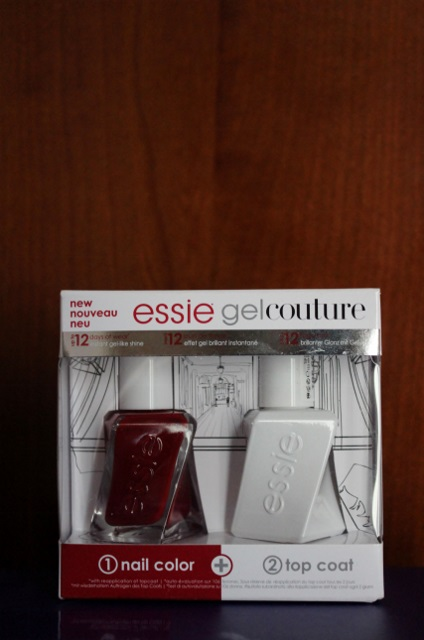 Essie gel couture Bubbles only