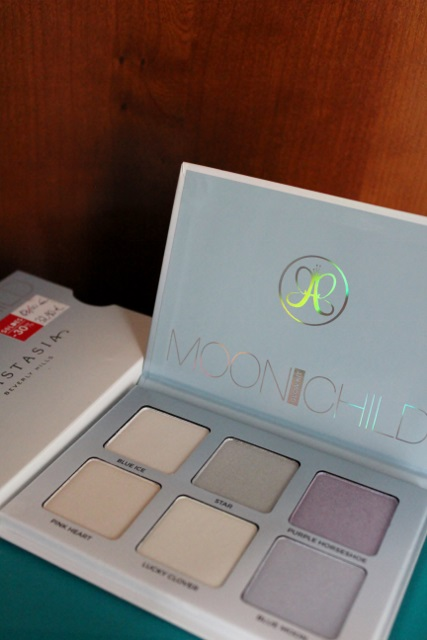 Moonchild d'Anastasia Beverly Hills