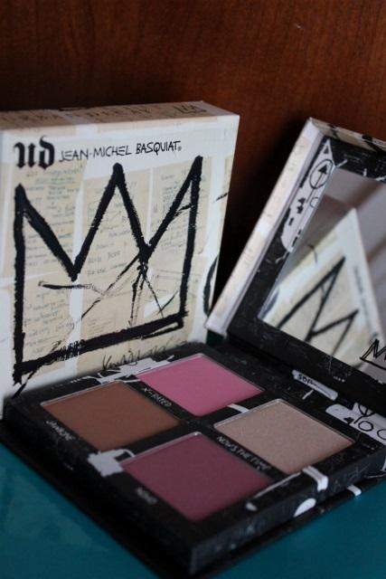 Palette de blush UD x Basquiat