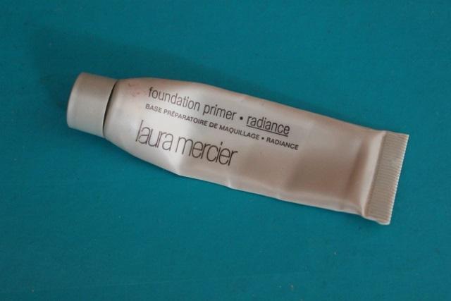 Base préparatoire de maquillage -radiante Laura Mercier